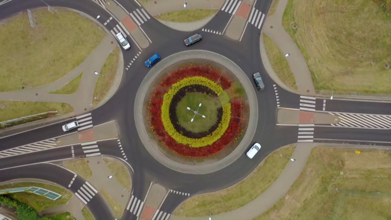 Zobacz najszybsze rondo w warmińsko-mazurskim! #Absurdy_Drogowe