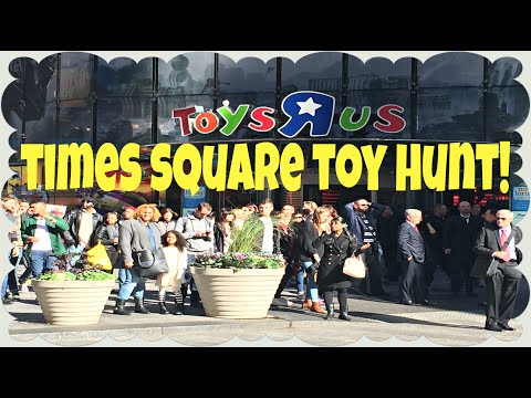 Toys R Us Times Square TOY HUNT