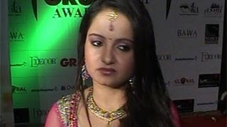 Giaa Manek CAUGHT In HOOKAH RAID