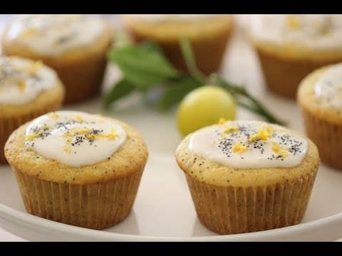Beth's Lemon Poppy Seed Muffins | ENTERTAINING WITH BETH