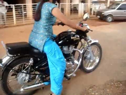 Local Indian Lady Hand Starting A Royal Enfield Bullet Bike Youtube