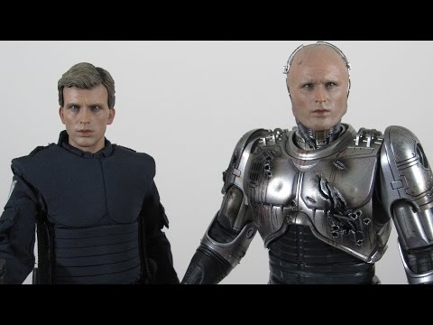 Hot Toys MMS266 Battle Damaged Robocop and Alex Murphy
