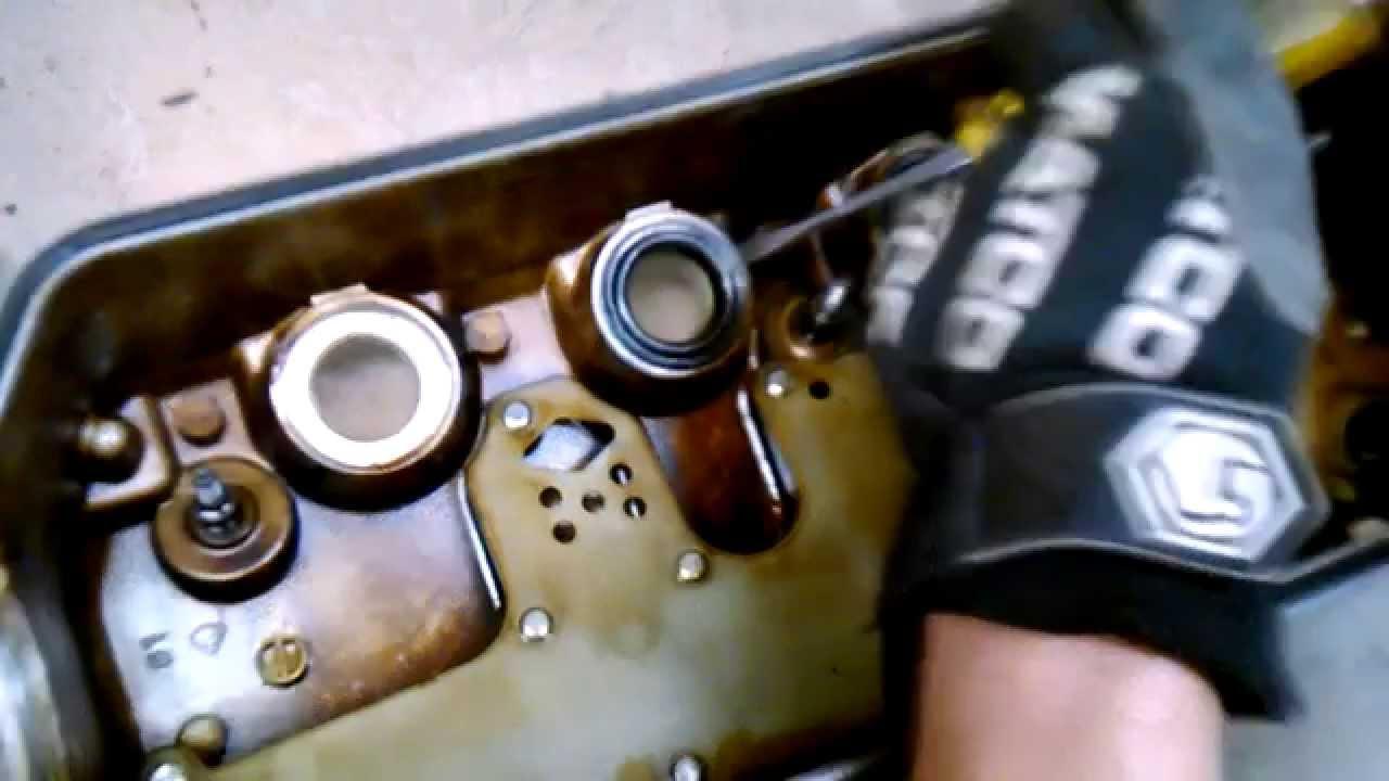 Easy Diy Spark Plug Tube Grommets Seals Honda Civic D16z6 Vtec 1992 Prelude Oils 1995 Oil Leak Fix Youtube