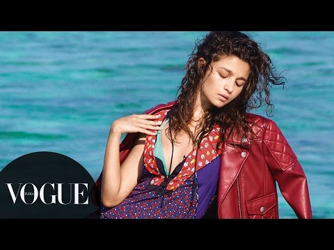 6 Things You Never Knew About Alia Bhatt | Photoshoot Behind-the-Scenes | VOGUE India Mp3