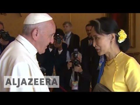 Rohingya crisis looms as Pope Francis lands in Myanmar