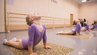 Танцы открытый урок четырехлетних девочек