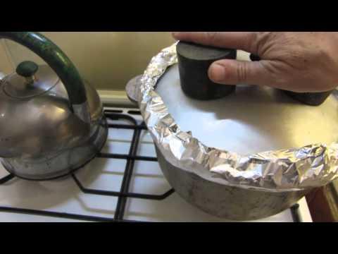 Копчение рыбы на кухне, в казане