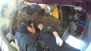 видео Ремонт Ауди 80 : Водяной насос Audi 80