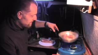 How To - Camper van cooking - bacon butty