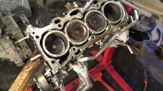 Cylinder head bolt thread damaged repair in car engine