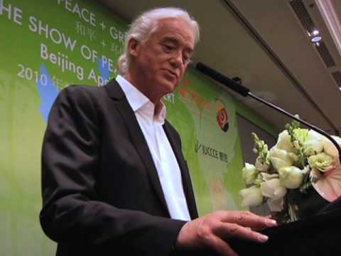 Jimmy Page Receives Global Peace Award at Show of ...