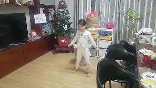 20191126  7살서윤이 춤. 날개 잃은 천사