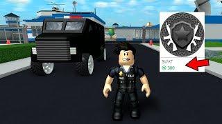 COMPREI A SWAT DE 300 ROBUX NO MAD CITY - ROBLOX