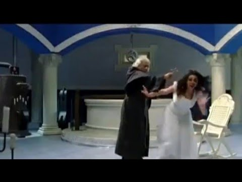 Download In ghost house inn malayalam movie # horror scene