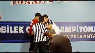 Türkiye Bilek Güreşi Şampiyonası genç erkeklerde 80 kilo