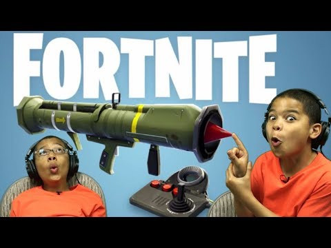 FORTNITE FUN KIDS PLAY WITH GUIDED MISSILE