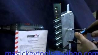 Вскрытие замка Border 6+6 инструментом Magic key Nr 1(Это видео создано с помощью видеоредактора YouTube (http://www.youtube.com/editor), 2015-02-22T19:04:27.000Z)