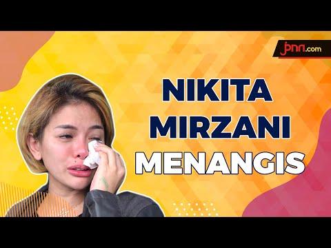 Nikita Mirzani Menangis Melihat Dokter Memakai APD Pemberiannya