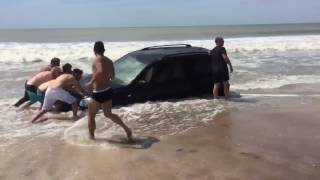4x4 stuck on beach (Part 2)