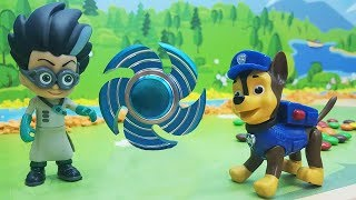 Игрушки Щенячий Патруль у видео про машинки для мальчиков.
