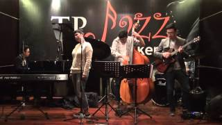 David Manuhutu Trio feat Dira J Sugandi