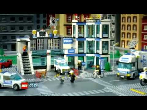 2011 LEGO CITY - Police Station - YouTube