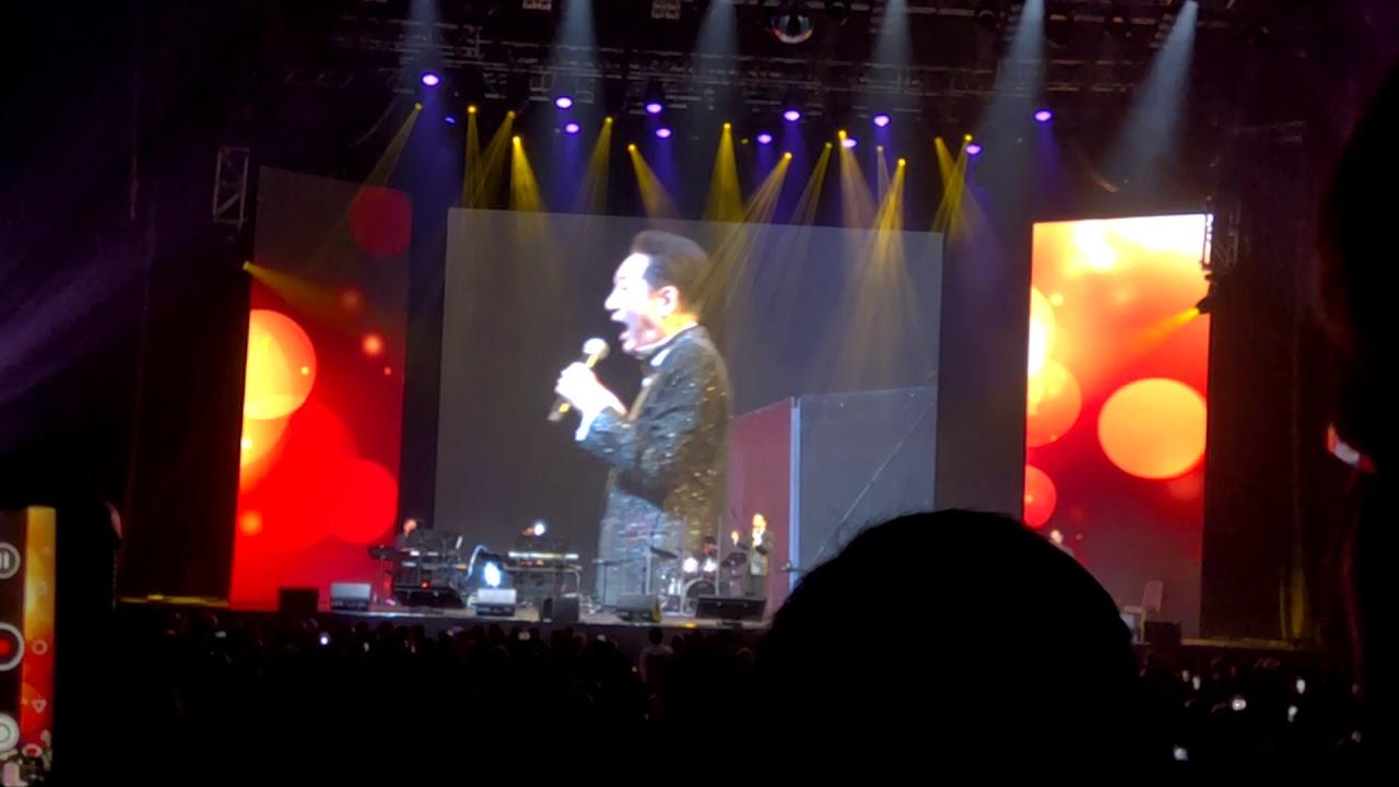 青山 淚的小花 (張帝青山冉肖玲世紀好歌金曲演唱會 2019) - YouTube