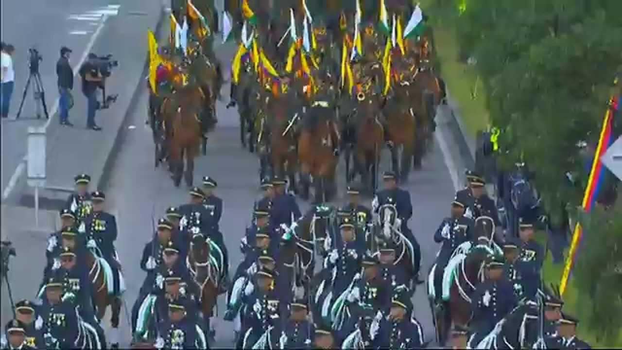 Desfile militar 20 de julio 2015 colombia for Jardines 20 de julio bogota