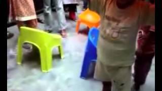 Pakistan Children Get New Chairs!!