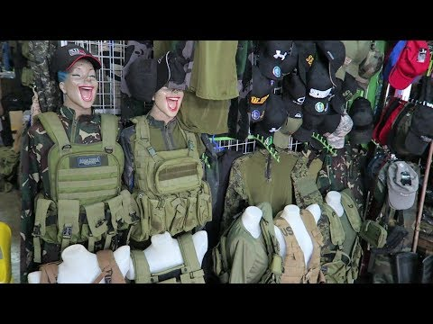 Strolling Around The Military Surplus Market : Angeles City Philippines