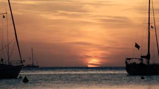 "Cafe del Mar East ""Journeyman"" by Bob Holroyd (Sunset timelapse)"