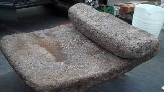 Anastasi Stone Metate; Metate Viejo de los Indios Antiquos.MP4
