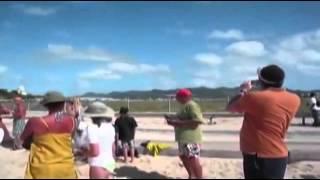 Остров святого Мартина. Карибы. Смотрите фильм и фото ниже. Аэропорт Принцессы Юлианы — один из круп(Это видео создано с помощью видеоредактора YouTube (http://www.youtube.com/editor), 2015-02-19T14:41:29.000Z)