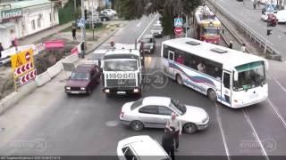 ДТП на ул Тургенева и ул Калинина 9 10 15