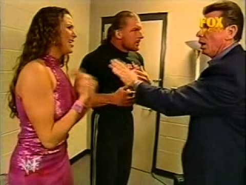 Backstage Segment with Triple H, Stephanie McMahon and Vince McMahon 09/04/01 thumbnail