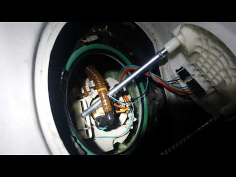 Chrysler 300 fuel pump replacement diy how to.