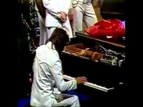 Tony Brown Playing Keys with Elvis Presley