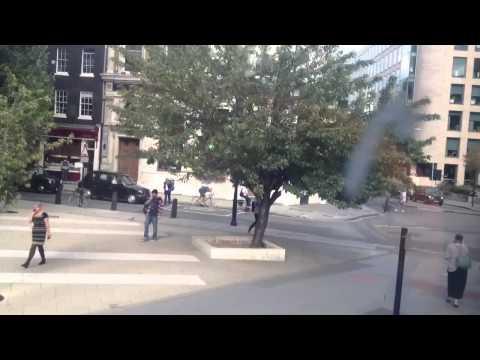 Amazing Bus Trip Through London : Holborn to St Paul's Stat
