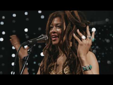 Valerie June - Full Performance (Live on KEXP)