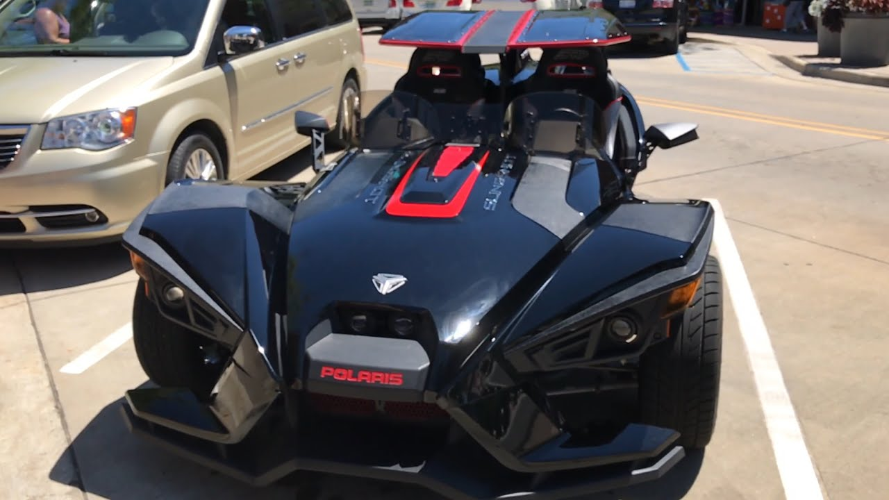 just a black polaris slingshot with the optional roof and windscreen - Polaris Slingshot Roof
