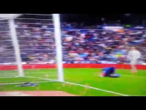 Download Marcelo goal against valencia (LIVE)