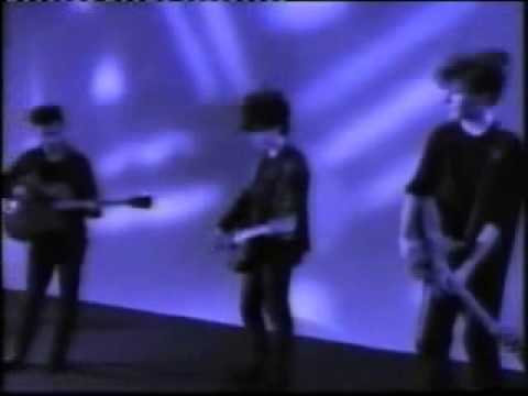 The Jesus And  Mary chain-Some Candy Talking original 80's video
