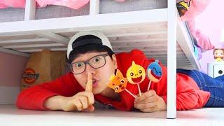 Boram et DDochi et Conan jouent à cache cache avec des candy sur