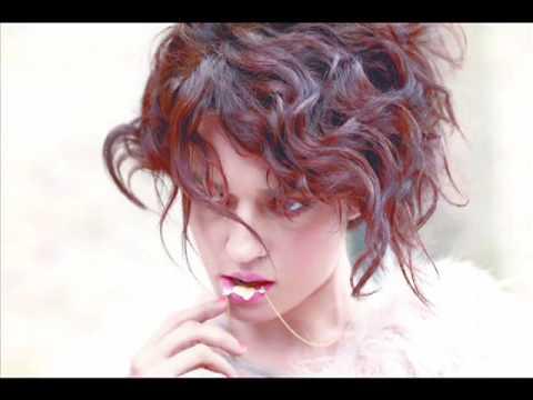 Carmen consoli presentazione elettra a finestra live - A finestra carmen consoli ...