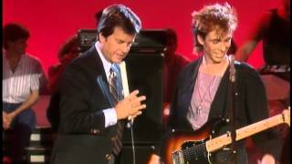 Dick Clark Interviews Real Life- American Bandstand 1984