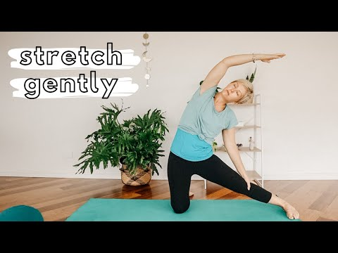 Pregnancy yoga for round ligament pain
