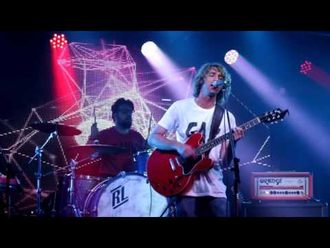 Supergrass - In It For The Money (Encore - Performed live by The Mansize Roosters 2015-01-29)