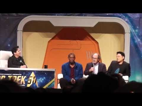 Voyager Panel (Part 1 out of 2) at the 2016 Star Trek Conven