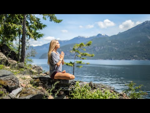 5 Min Meditation Anyone Can Do Anywhere   Re-Center & Clear Your Mind