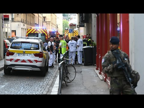 More than a dozen injured in central Lyon explosion